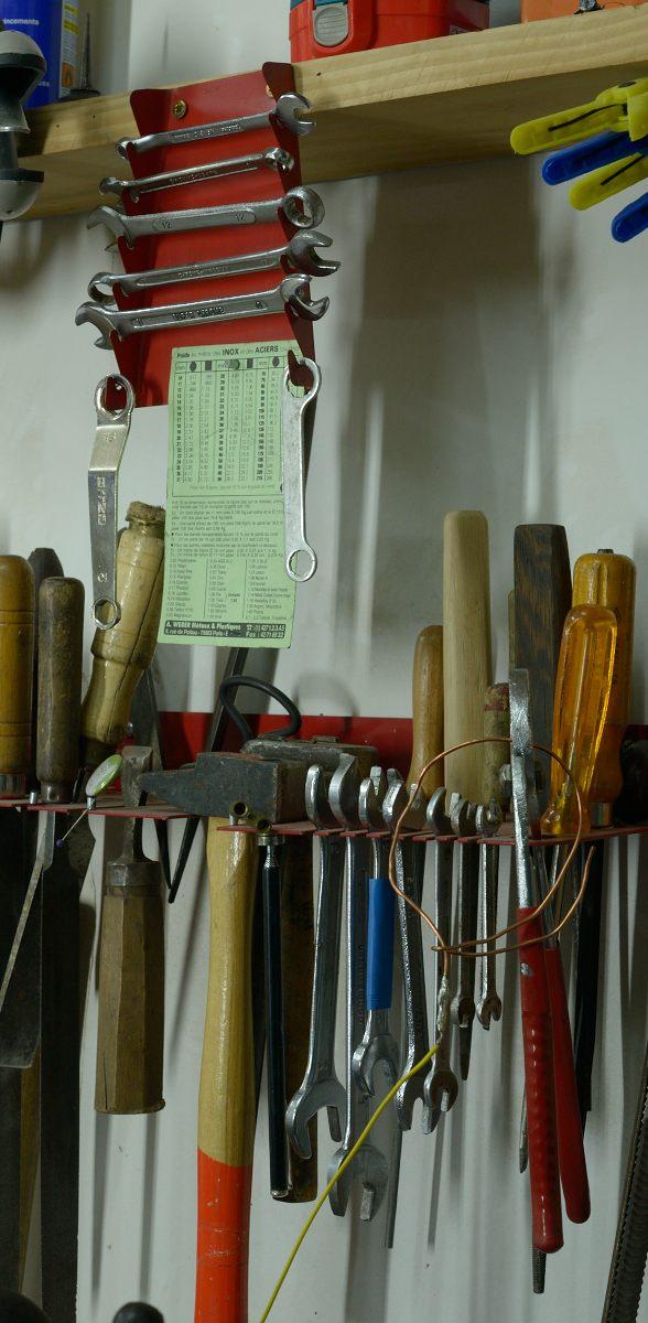 Les indispensables et autres de l atelier n 4 je suis plein de vis - Rangement pour vis et clous ...