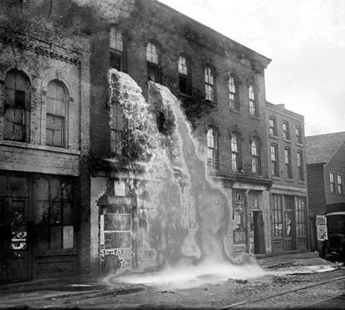 alcool-illegal-jette-durant-la-prohibition-1929