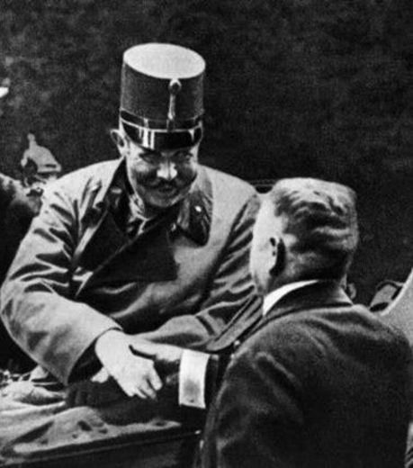l-archiduc-franz-ferdinand-en-1914-cette-photo-a-ete-prise-quelques-instants-avant-sa-mort-evenement-qui-participa-au-debut-de-la-premiere-guerre-mondiale_123044_w460