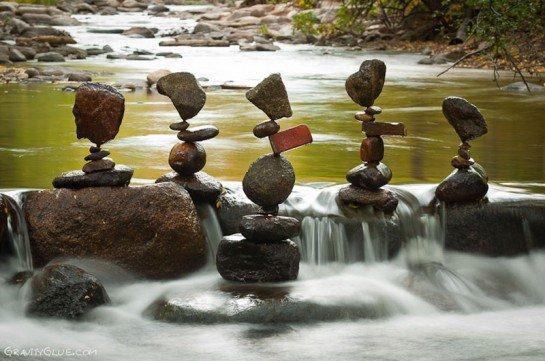 empiler des pierres sans qu'elles tombent