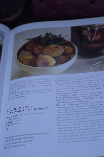 Ahhh, les petits oignons confits au balsamique, c'est un peu long à faire, mais servis avec un peu de bonne charcuterie italienne...