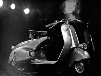 14_MP6_VintageVespa-AutoExpo-Delhi