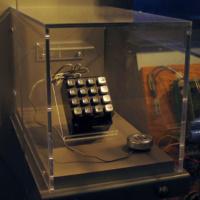 un-drole-de-telephone